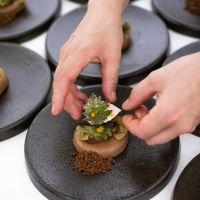 Tweesterrenchef Syrco Bakker kookt de sterren van de hemel bij Restaurant Hemingway