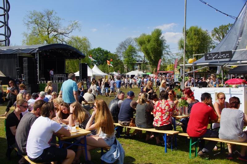Foodstoet Bergen Op Zoom Beleeft Primeur In Stralend Weer Bergen